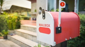 Direct mail of e-mail? Is er wel een keuze nodig?